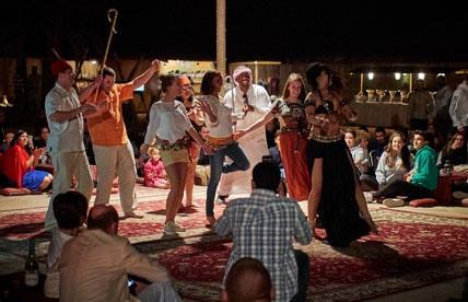 Overnight-camping-Abu-Dhabi